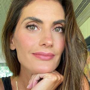 Isabella Fiorentino ensina a fazer maquiagem em 10 minutos