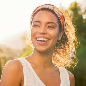 5 alimentos que vão te deixar com um sorriso brilhante