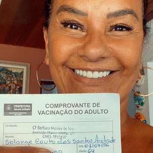 Solange Couto agradece a Deus e ao Butantan por sua vacinação