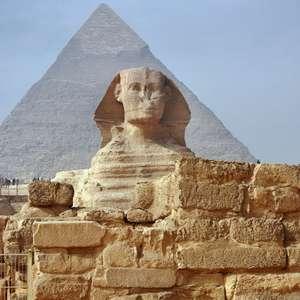 Como a economia do Egito Antigo permitiu a construção ...