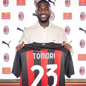 Com zagueiro do Chelsea, Milan fecha mais uma ...