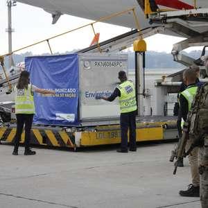 Brasil proíbe voos da África do Sul e impõe mais restrições