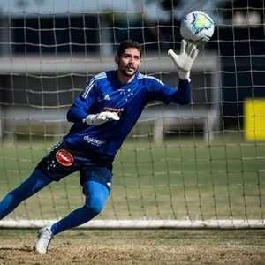Cruzeiro renova com o goleiro Lucas França até o fim de 2023