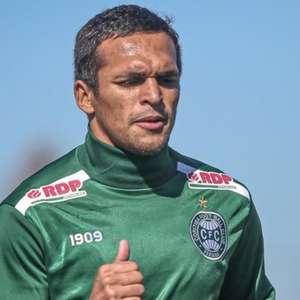 Coritiba não terá Robson para encarar o São Paulo