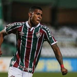 'Me preparei a vida toda para este momento', celebra John Kennedy após estreia com gol no Fluminense