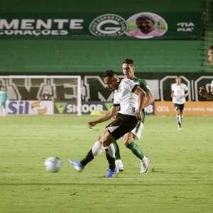 Vina desconversa sobre briga por Libertadores