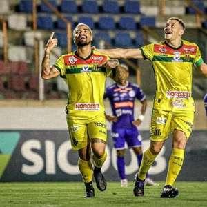 Após gols decisivos, Marcinho projeta reta final do Sampaio Corrêa na Série B: 'Lutar até o final'
