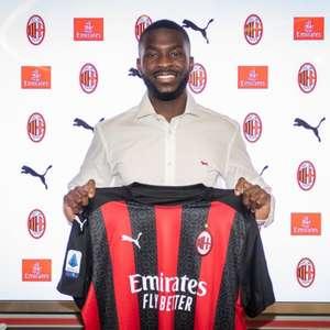 Milan anuncia a contratação do zagueiro Fikayo Tomori