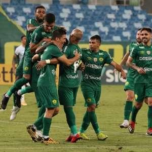 CSA tropeça, e Cuiabá garante acesso à Série A; veja a ...