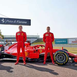 Com Sainz, Leclerc e Schumacher, Ferrari promove semana ...
