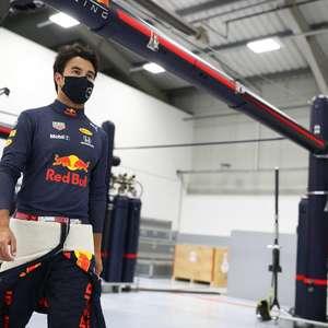 """Pérez destaca """"mega rápido"""" Verstappen e aposta: """"Vai me ..."""