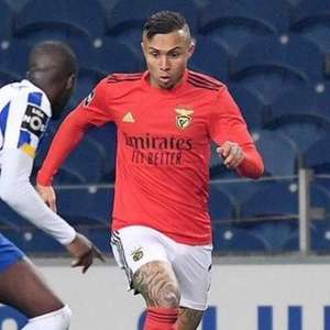Éverton e Vlachodimos testam positivo e Benfica chega a ...