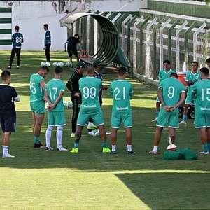 Com retorno de titulares, Goiás busca a reabilitação ...