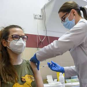 Atrasos nas entregas vão adiar vacinação em 1 mês na Itália