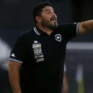 Diante do 'algoz' Fluminense, Barroca tenta colocar último fio de esperança na permanência do Botafogo