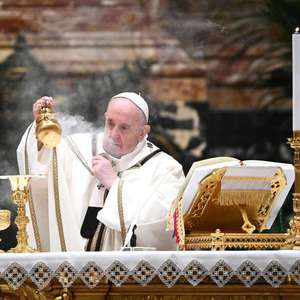 Papa reza por sem-teto encontrado morto no Vaticano