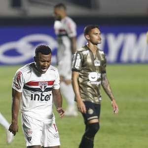 São Paulo empata com o Coritiba e amplia jejum de vitórias