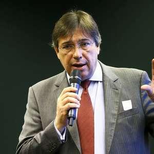 Governo diz que saída de presidente da Eletrobrás não ...