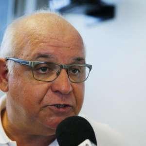 Presidente do Grêmio detona a arbitragem brasileira