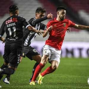 Benfica empata em casa com o Nacional e vê liderança se ...