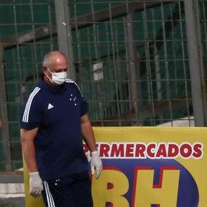 Sem conseguir acesso, Felipão deixa o Cruzeiro após 3 meses