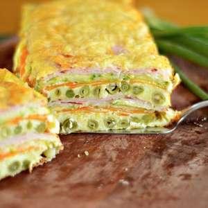 Omelete de forno em camadas: perfeita para todas as ocasiões