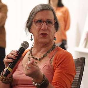 Com covid-19, cartunista Laerte Coutinho é internada em UTI