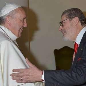 Papa participa do funeral de seu médico pessoal no Vaticano