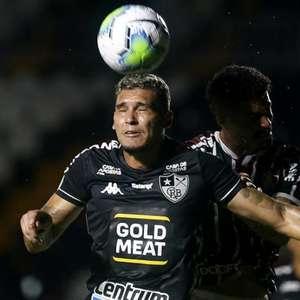 Apático: Botafogo é superado pelo Fluminense sem dar um ...