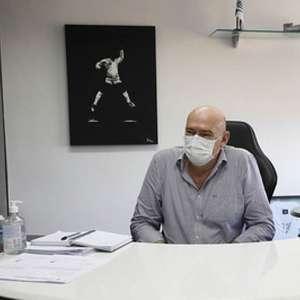 Santos quita salários atrasados, mas projeta redução de ...