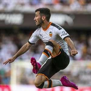 Barcelona estuda a contratação de Gayà, do Valencia