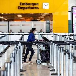 Covid: Brasil proíbe entrada de viajantes da África do Sul