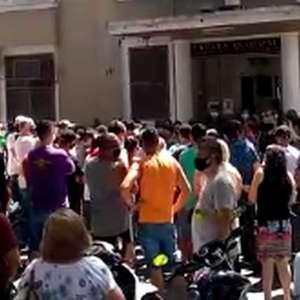 Movimento de bares e restaurantes protesta contra ...