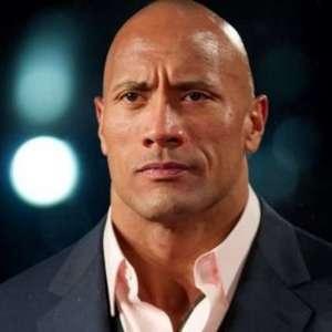 The Rock relembra relação complicada com o pai astro da ...