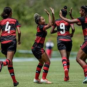 Flamengo bate o Fortaleza e estreia com vitória no ...