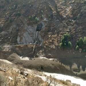 Rompimento de geleira deixa 3 mortos e 200 desaparecidos