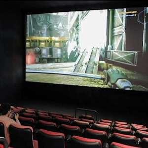 Sem clientes e filmes na pandemia, cinemas alugam telões ...