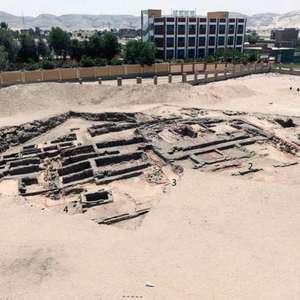 Egito descobre cervejaria de 5 mil anos, a mais antiga ...