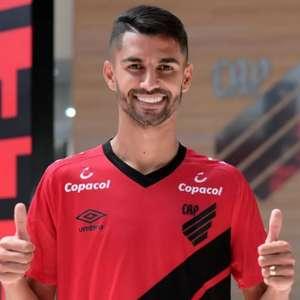 Sem espaço no Athletico, Jorginho está próximo do Ceará