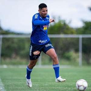 Exames detectam alterações cardíacas no atacante Zé Eduardo, do Cruzeiro, e ele é afastado