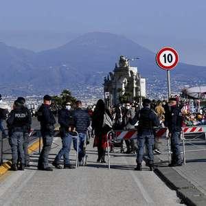 Governo da Itália reforça restrições em 3 regiões
