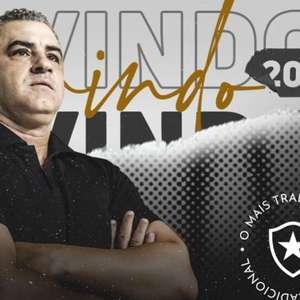 Chamusca chega ao Rio, começa a trabalhar pelo Botafogo e terá dedo na escolha de reforços