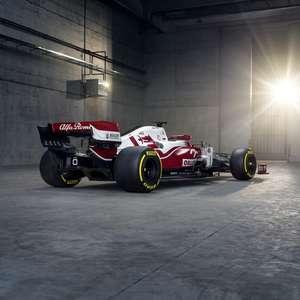 Com mudanças na pintura, Alfa Romeo apresenta novo C41
