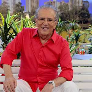Carlos Alberto de Nóbrega é internado em São Paulo após família ter covid-19