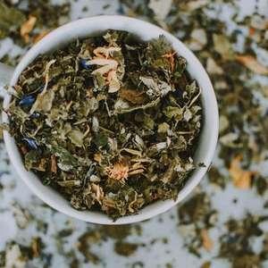 Conheça os chás que purificam e desintoxicam o corpo
