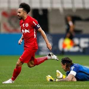 Dois clubes europeus se juntam ao RB Leipzig no interesse por Claudinho