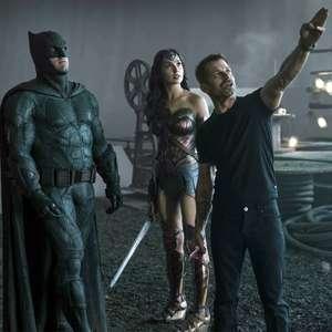 Zack Snyder diz que aceitou refazer Liga da Justiça de graça