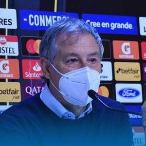 Santos segura negociações esperando avaliação de Ariel Holan