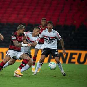 São Paulo x Flamengo: prováveis escalações, desfalques e onde assistir