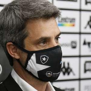 Diretor prevê arrancada do Botafogo após vitória sobre o São Paulo: 'Esse clube vai ser do c...'